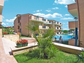 Santa Maria a Valle Apartment Sleeps 4 with Pool Air Con and Free WiFi - 5702570