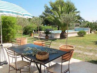 1 bedroom Apartment in Sanary-sur-Mer, Provence-Alpes-Côte d'Azur, France : ref