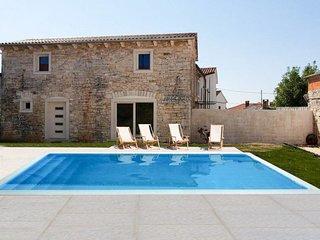 3 bedroom Villa in Gljuščići, Istria, Croatia : ref 5702335
