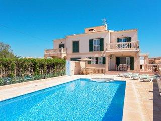 4 bedroom Villa in Portocolom, Balearic Islands, Spain - 5702091