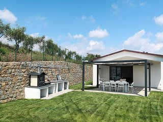 4 bedroom Villa in Corradi, Liguria, Italy : ref 5702497