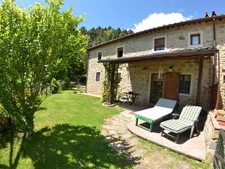 2 bedroom Villa in Massa e Cozzile, Tuscany, Italy : ref 5700622