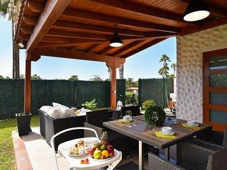 1 bedroom Villa in Maspalomas, Canary Islands, Spain : ref 5704137