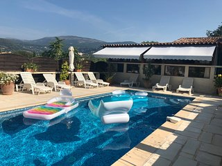 Cozy house in Grasse with Parking, Internet, Pool, Garden