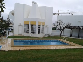 Spacious villa in Albufeira with Parking, Internet, Washing machine, Air conditi