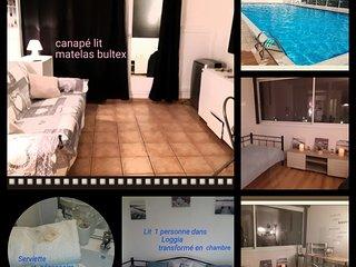 Le balcon des arènes piscine/tennis appartement Fréjus avec parking