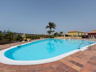 Villa duplex, piscina, paddle, ping pong, .....