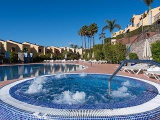 Bahia Meloneras, playa, piscina, jacuzzi, vistas al mar, barbacoa,....