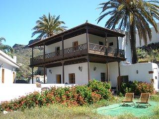 Tipica casa canaria, familia, aventura, naturaleza,...