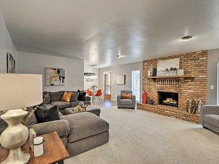 NEW! Flagstaff Country Club Home Near Golf Course!