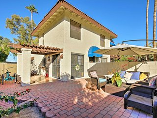 NEW-Phoenix Townhome w/Pool Steps to Hiking Trails
