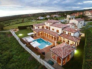 Villa Carolus, Classic luxury, 5 Bedrooms