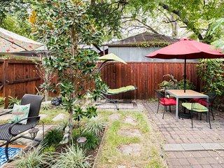 Charming bungalow close to downtown San Antonio
