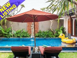 Indah, Cozy 3 Bedroom Villa, Berawa beach, Canggu