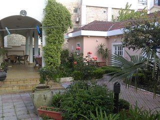 Boskovic Two-Bedroom Apartment with Terrace
