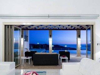 Spectacular 5 star villa with mountain & sea views