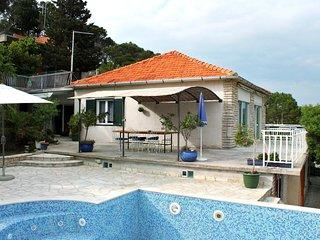 Three bedroom house Tisno (Murter) (K-6107)