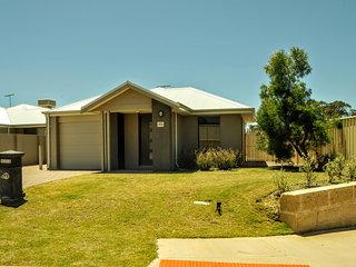 Mandurah Holiday Home