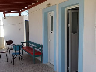 Grandma Vasiliki Rooms To Let - Room 3