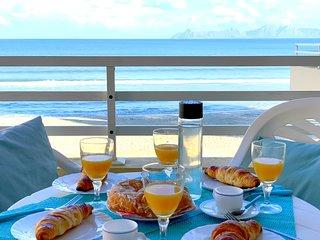 Apartamento ideal para vacaciones primera linea de mar.