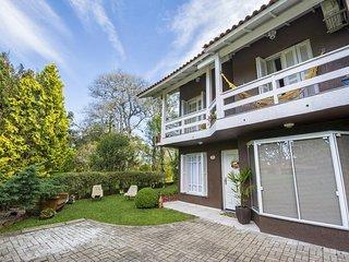 Viena - Aconchego, conforto e seguranca no condominio Lagos de Gramado! Viena
