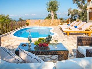 Villa Isavros Near Magazia, Paxos. Sleeps 2-4. Villa With A Pool And Sea Views