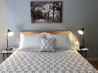 Nice room in Charlestown