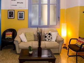 Charming Hostel Close to City Center 2