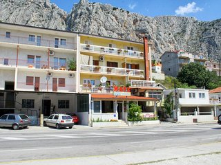 One bedroom apartment Omiš (A-2757-b)