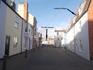 LOBSTER COTTAGE, Sleeps 6, Harbour location, WiFi, WEYMOUTH