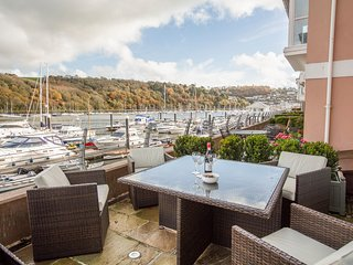 QUAYSIDE, luxury apartment, waterside location, large terrace, modern