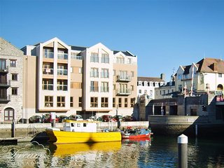 TOWNBRIDGE PENTHOUSE, harbour view,  sleeps 4, central location, WiFi, Weymouth