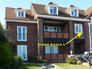 OCEAN WATCH 5, sleeps 5, sea views, , WiFi, Parking, Weymouth