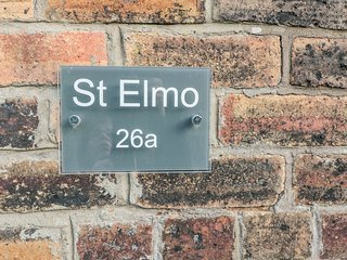 ST ELMO'S APARTMENT, central location, elegant interior, in Alnmouth