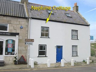 NEPTUNE COTTAGE, Sleeps 5, tradtional Portland Cottage, Pet friendly, WiFi