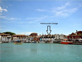 HARBOURSIDE COTTAGE, sleeps 5, harbour views, close to beach, WiFi, Weymouth