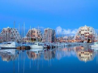 Amazing apt with sea view & terrace