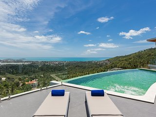 High End Villa with Private Pool & Seaview - 3 bedrms