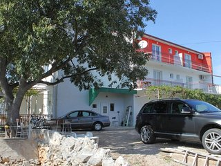 Two bedroom apartment Tribunj (Vodice) (A-8369-a)
