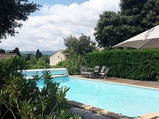 Villa avec vue sublime sur les Alpilles à Eyragues