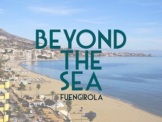 'Beyond the Sea' master bedroom in the heart of Fuengirola Beach!