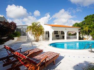 Tropische villa met privezwembad voor 6/7 personen