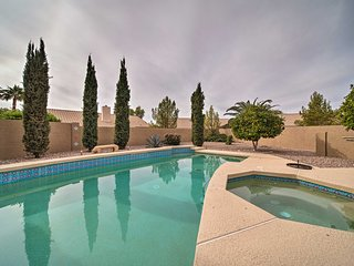 Peoria Home w/Private Pool- Walk to 2 Golf Courses