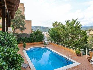 Sunnyside Villa, Villa familiar con Piscina Compartida