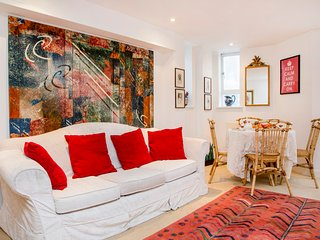Lovely 2 bedroom maisonette - South Kensington