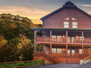 Smoky Mountain Heaven V,  5 Bedroom 5 Beauty