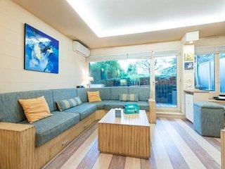 Very nice flat 4 pax 2 bedrooms + terrace + pool