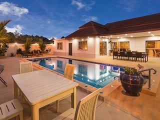 Villa Bos close to the beach and Pattaya