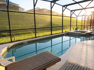 Unrivaled excellence and maximum comfort! Emerald Island 5/3 Pool Home