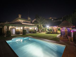 Cubo's Villa Los Agaves for Families